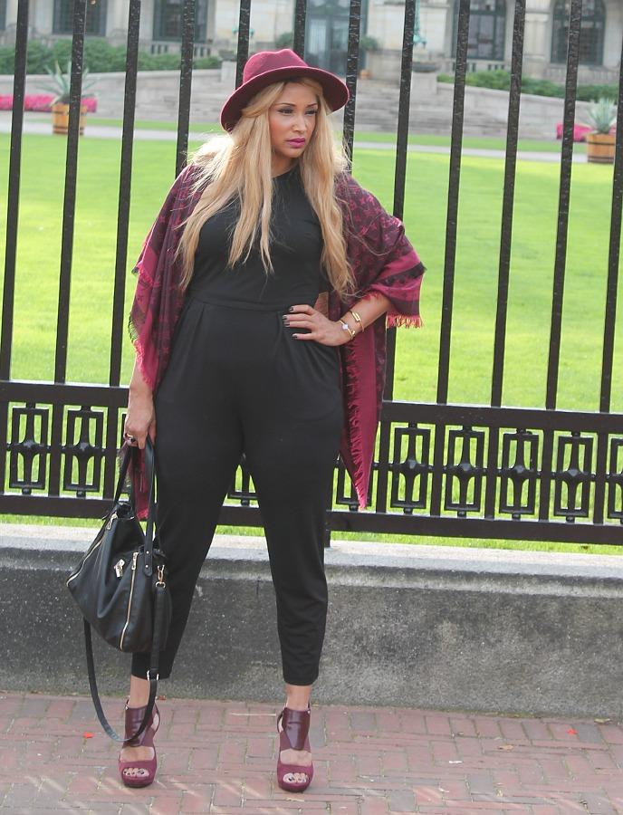 Plus size style blogger