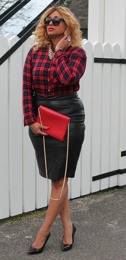 Celebrity style look Khloe Kardashian