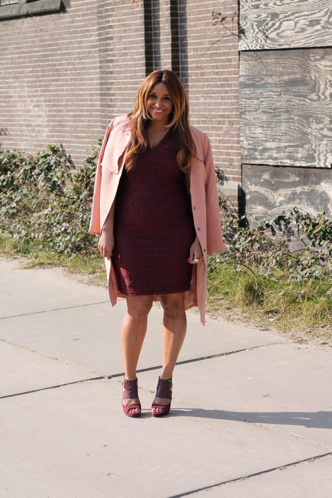 Curvy blogger
