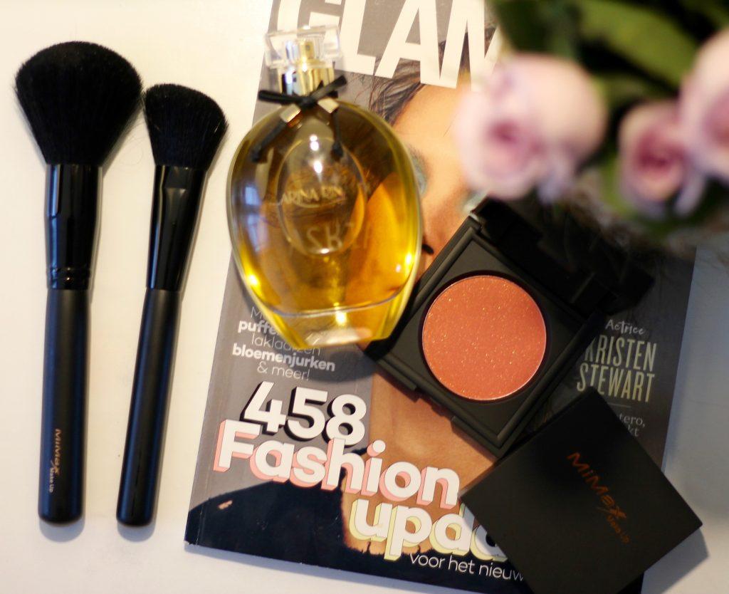 Miami make up powder blush