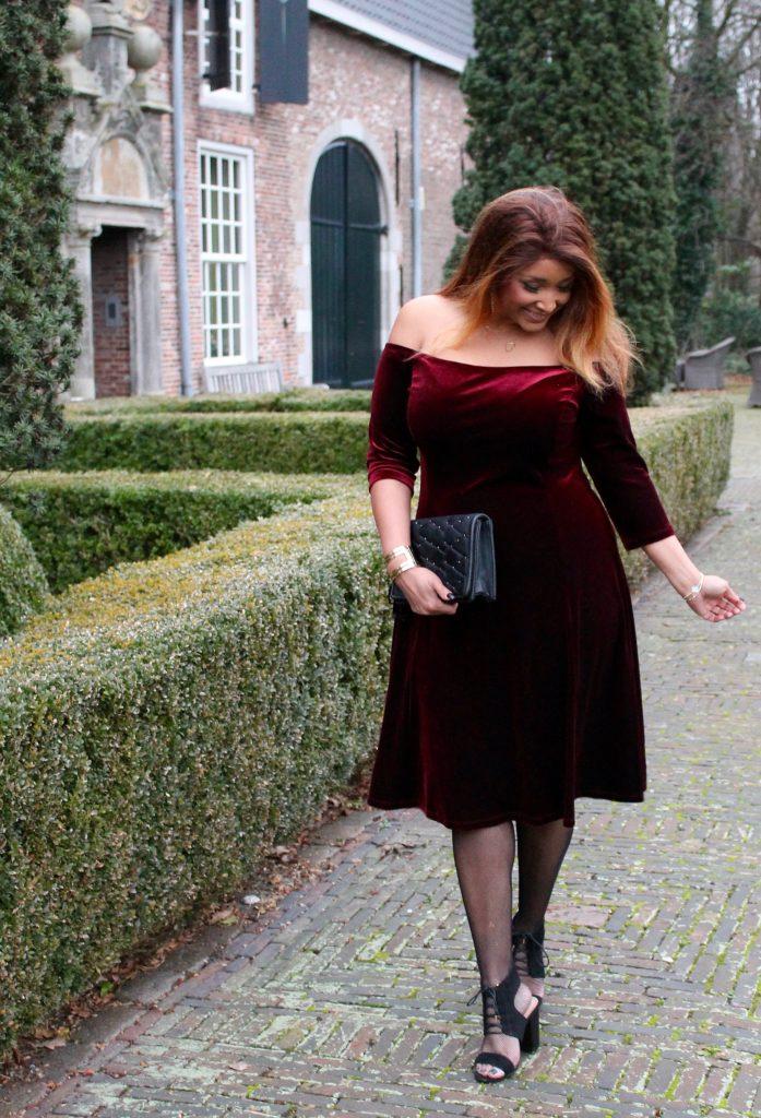 RED VELVET DRESS 12