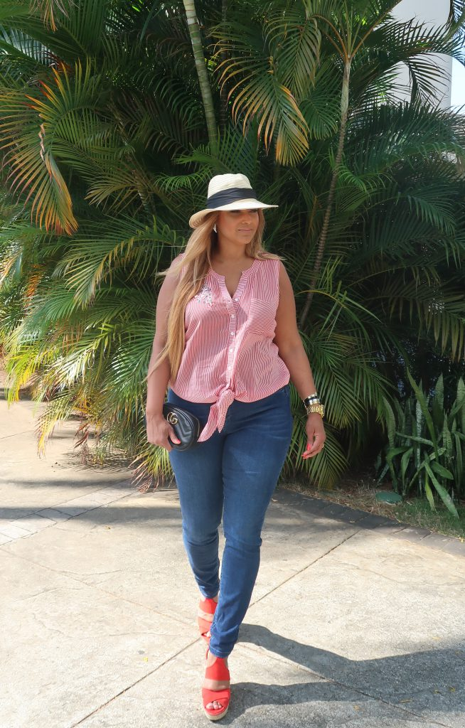 COMFORTABLE CASUAL CHIC 10