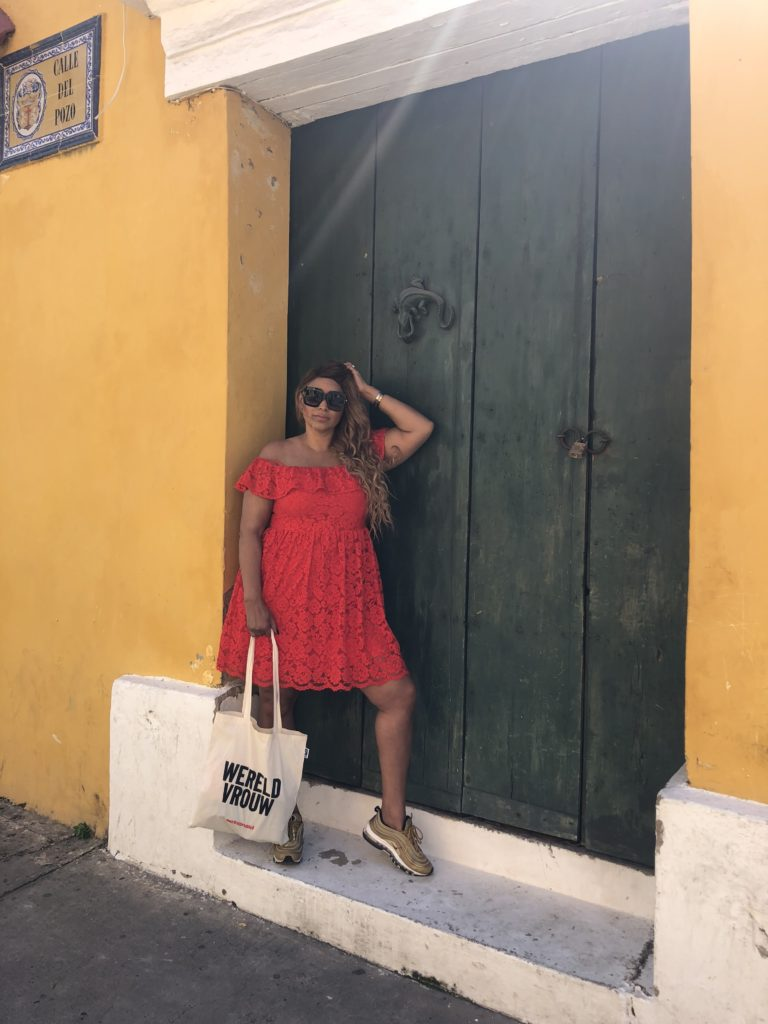 H&M red dress Cartegena de Indias