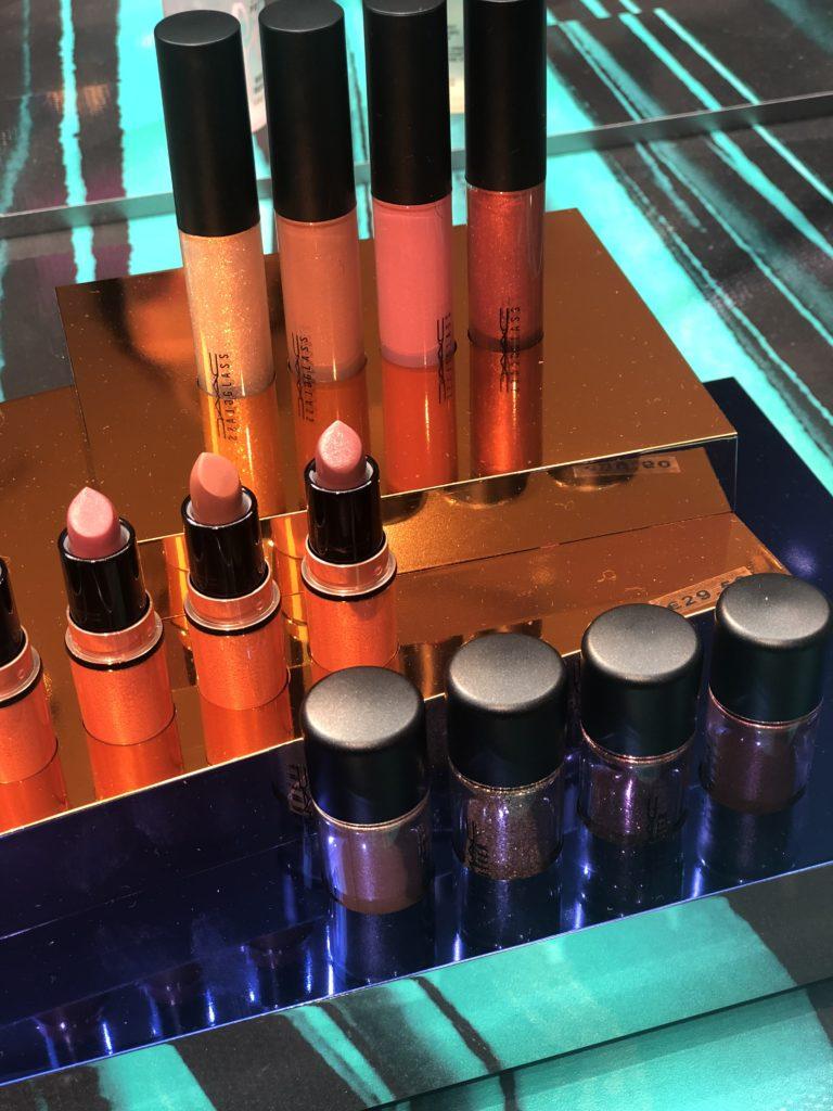 Shiny pretty things M.A.C cosmetics